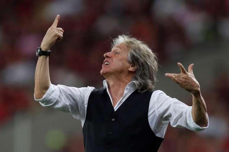 Jorge Jesus quer receber aumento para permanecer no Flamengo. EFE/Marcelo Sayão