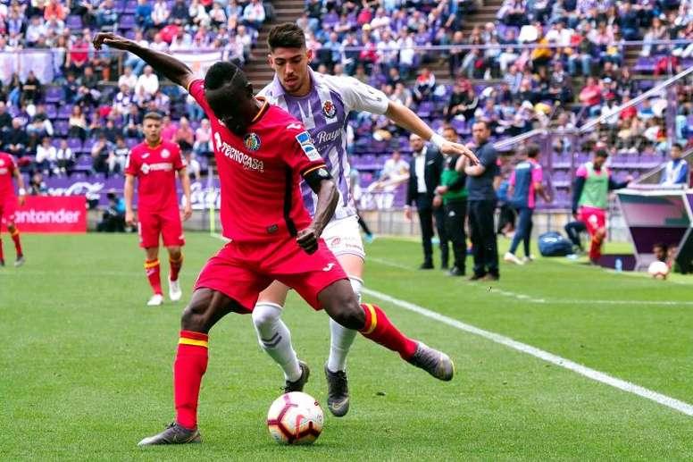 El Getafe recibe en su mejor momento a un Valladolid que necesita los tres puntos. EFE
