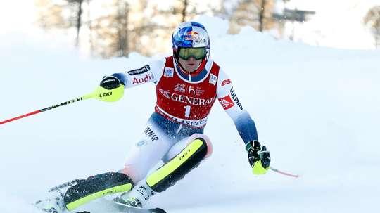 El francés Alexis Pinturault durante la prueba. EFE/EPA/Sebastien Nogier