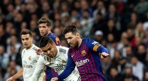 Ex-jogador do Real se rende a Leo Messi. EFE/Rodrigo Jiménez