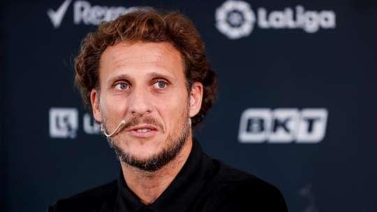¡Forlán negocia con Peñarol para entrenar al equipo! EFE/José Méndez