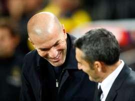 Zidane ganhou a partida. EFE/Alejandro García