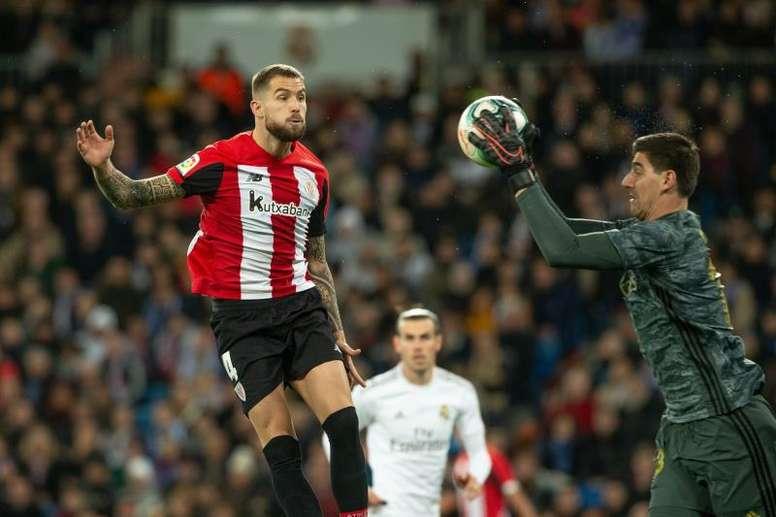 Íñigo Martínez no estará ante la Real Sociedad. EFE