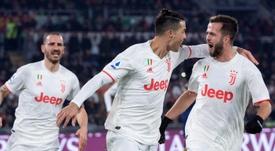 Juventus sofre em Roma, mas volta ao topo da Serie A. EFE