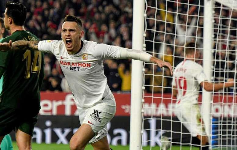 Ocampos no podrá jugar en el Santiago Bernabéu. EFE
