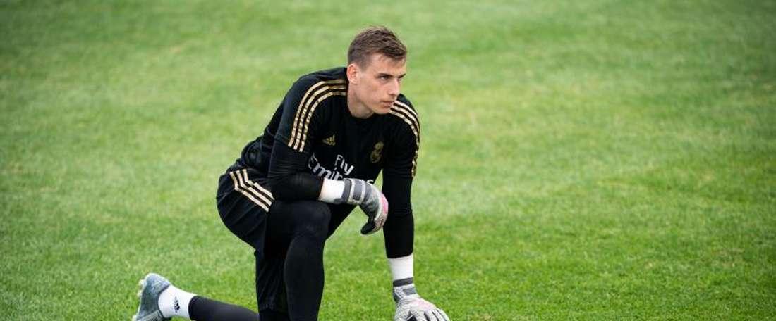 Lunin, um empréstimo do Real Madrid mal aproveitado. EFE/Johany Jutras/Archivo