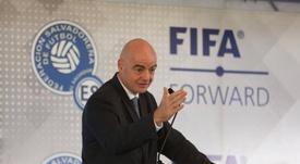 Infantino anunció la nueva iniciativa para salvaguardar la integridad del fútbol. EFE