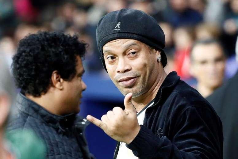 Ronaldinho recordó su paso por el Barcelona. EFE