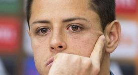 Aseguran que Chicharito cobrará más de lo que ganaba Ibra. EFE/Maja Hitij/Archivo