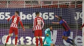 O Atlético derrapa na chuva e perde rivais de vista. EFE