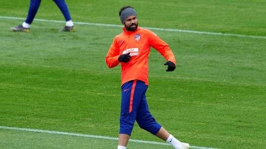 Diego Costa já treina nos gramados do Atlético de Madrid. EFE/Rodrigo Jiménez/Archivo