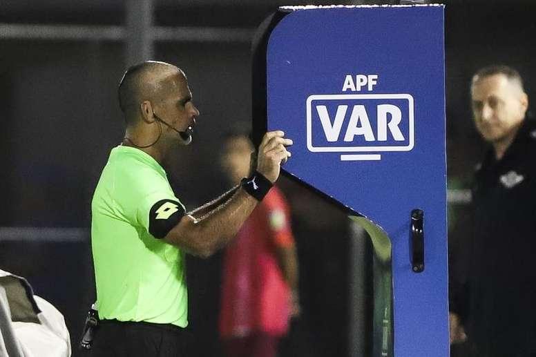 Dinamarca promete VAR de apenas 25 segundos. EFE/Nathalia Aguilar/Archivo
