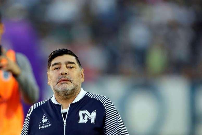 Maradona se posicionó del lado del oficialismo, y ganó la oposición. EFE/Archivo