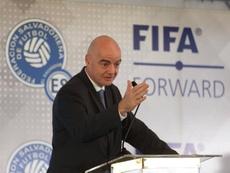 La FIFA ya piensa en el Mundial de Catar. EFE
