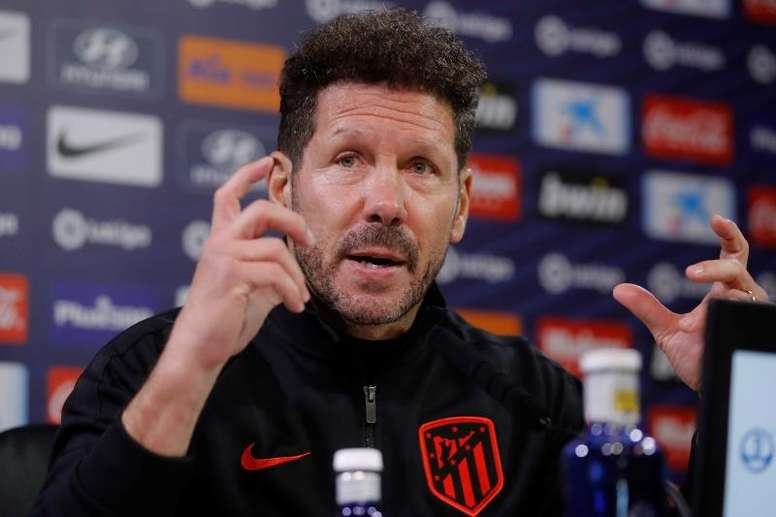 Atletico Madrid's Diego Simeone would be more of a sticker than a twister at Blackjack. EFE