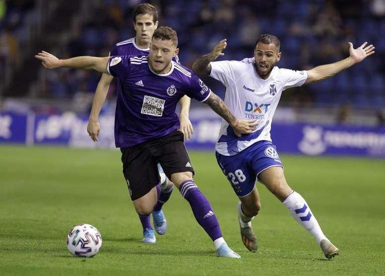Diego Alende, en partido copero con el Valladolid ante el Tenerife. EFE