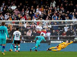 I blaugrana perdono in cas contro il Valencia. EFE