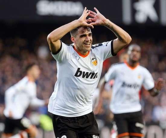 Maxi Gómez volta a treinar em grupo. EFE/Miguel Ángel Polo