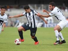Pumas da el golpe ante Monterrey y alcanza el liderato. EFE /Mario Guzmán