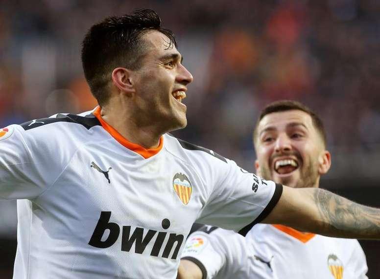 Maxi Gómez no vio gol anulado. EFE