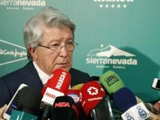 Cerezo negó que el fichaje de Cavani por el Atlético esté hecho. EFE
