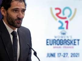 El presidente de la Federación Española de Baloncesto, Jorge Garbajosa, durante la presentación del logotipo oficial del Eurobasket femenino 2021 que se celebrará conjuntamente con Francia en junio de 2021. EFE/Kai Försterling