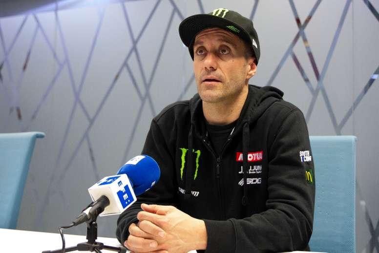 El español Gerard Farrés, piloto de la categoría Side by Side con el equipo Can-Am Monster, posa durante una entrevista con la Agencia EFE. EFE/ Adriana Sesma