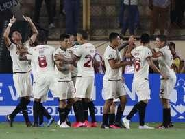 Universitario firma el dos de dos. EFE/Paolo Aguilar