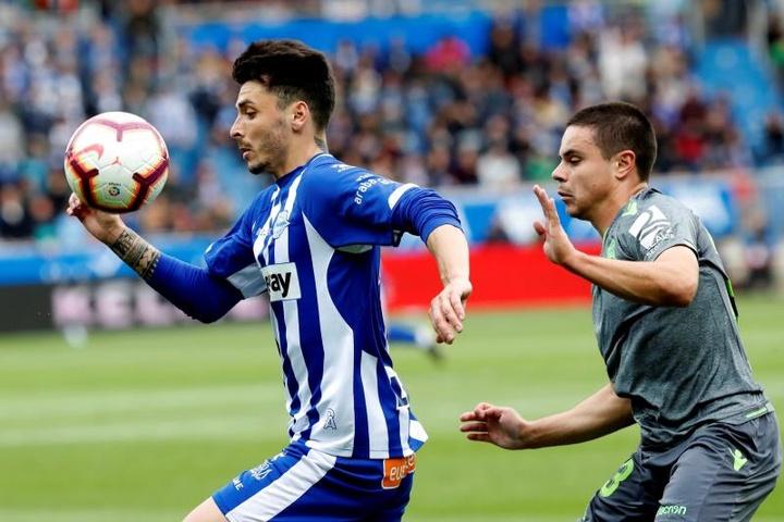 Ximo Navarro sera absent du match d'ouverture contre le Real Madrid. EFE