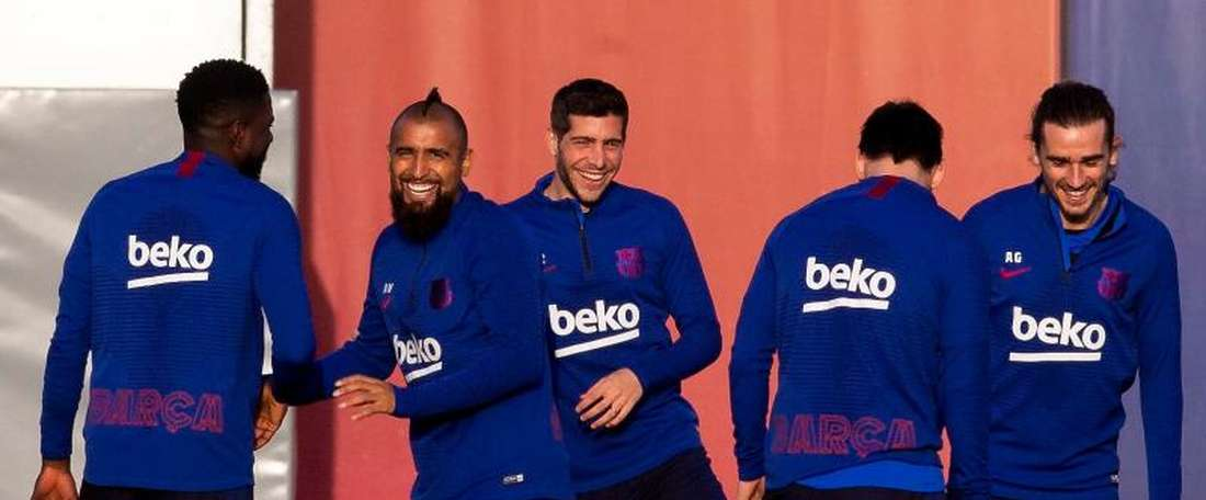 Vidal is in the 20 man squad. EFE