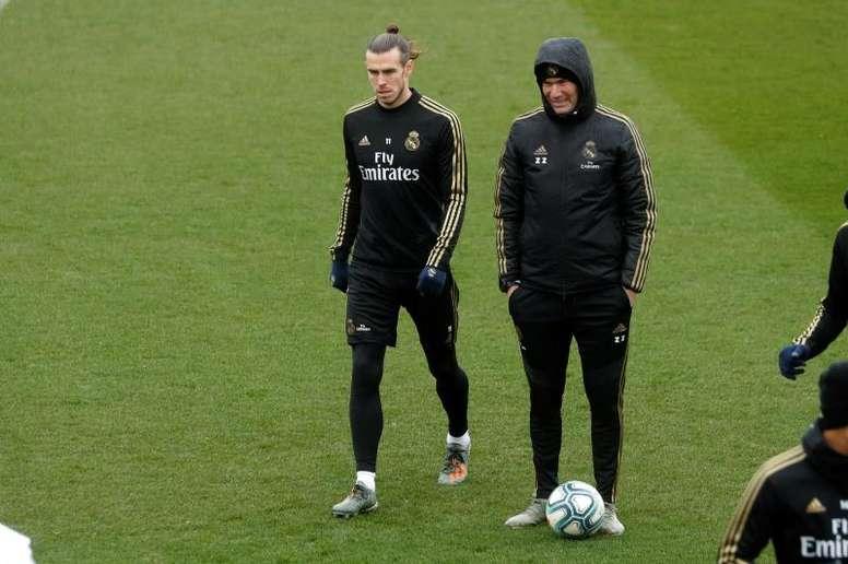 Berbatov voit Bale rester au Real Madrid. GOAL