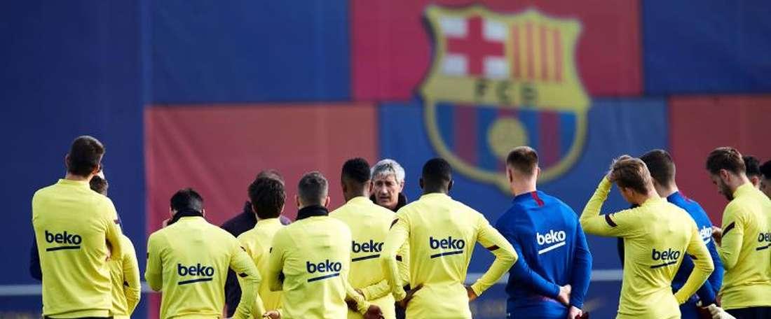Le Barça inscrit Saverio, Akieme et Manaj sur la liste de la Ligue des Champions. EFE