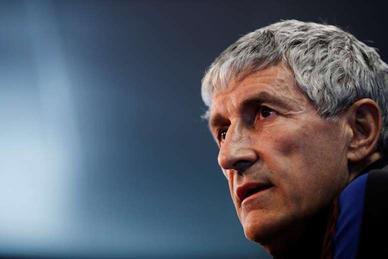 Quique Setien says Barca have not talked much about their last two CL exits. EFE