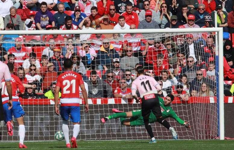 El Sevilla quiere a Rui Silva para luchar con Vaclík. EFE/Pepe Torres