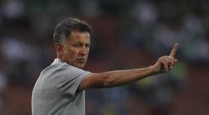 Ex-técnico do México elogia os mexicanos. EFE/ Luis Eduardo Noriega