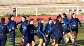 El Levante Femenino y el equipo masculino no coinciden para nada. EFE