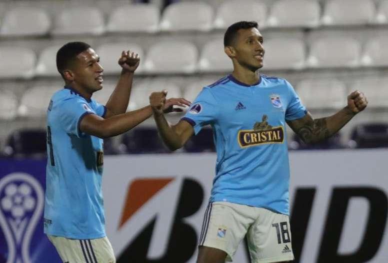 La Liga Peruana podría volver en mayo si todo va bien. EFE/Archivo