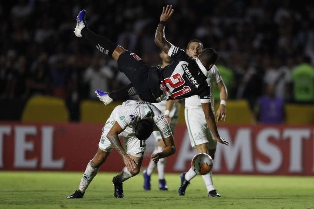 Momento turbulento do Vasco culmina com invasão à sala presidencial. AFP