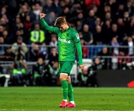 Martin Odegaard deixou o campo do Bernabéu aplaudido aos 63 minutos. EFE/Rodrigo Jiménez