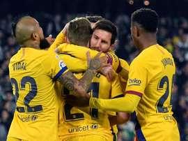 De Jong falou sobre o Barcelona e Messi. EFE