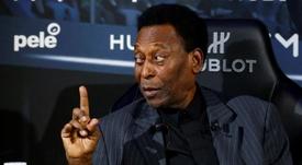 El hijo de Pelé afirma que apenas sale de casa porque no puede andar bien. EFE
