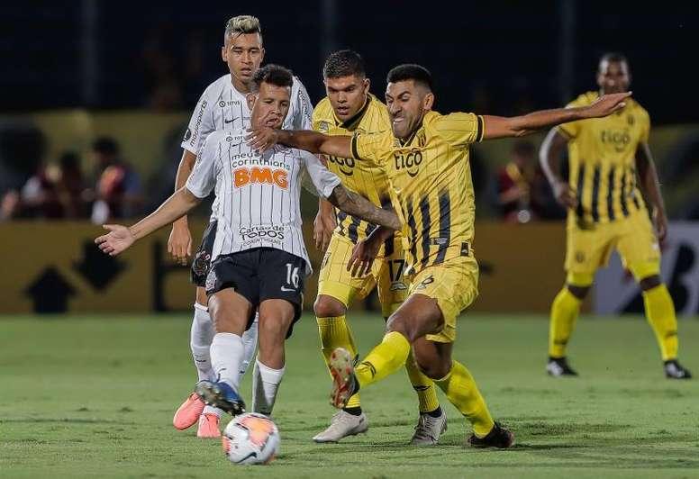 Corinthians - Guaraní: os onzes iniciais confirmados. EFE