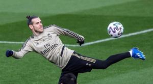 Bale e Jovic, prontos para o confronto.  EFE/Rodrigo Jiménez