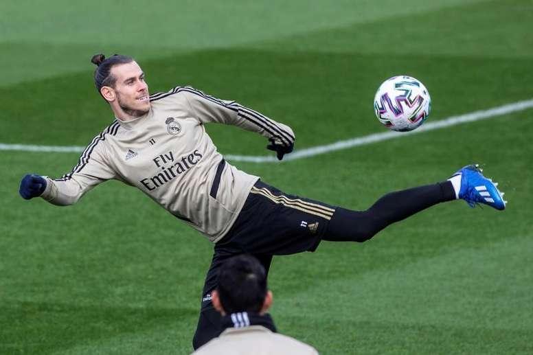 Bale tiene un esguince en el dedo meñique de la mano derecha. EFE