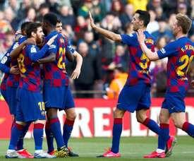 Barcelona sofre em casa, mas vence o Getafe e encosta na liderança. EFE