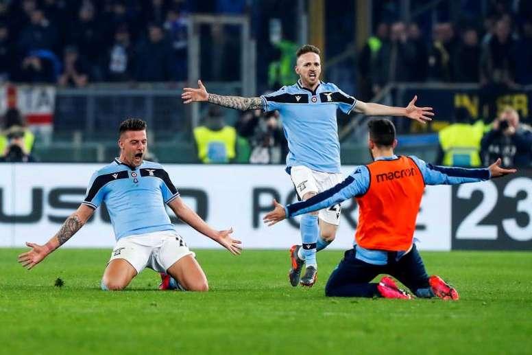 La Lazio privó al Inter de quitarle el liderato a la Juve. EFE