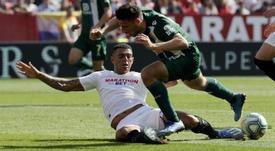 Zagueiro do Sevilla, Diego Carlos está na mira de Liverpool e Barcelona. EFE