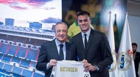 Reinier se emociona em apresentação no Real Madrid. EFE