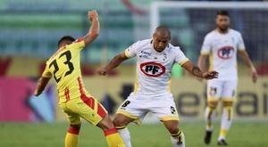 Coquimbo aprovecha su momento y despacha a Sport Huancayo. EFE
