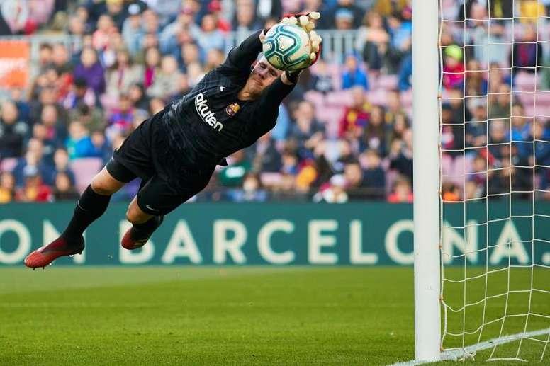 Ter Stegen ya ha hecho a su hijo del Barça. EFE